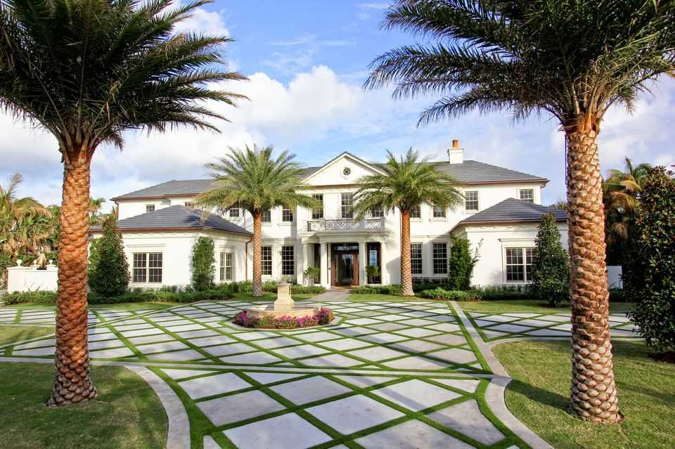Tony Robbins House – What Properties does he own? 2